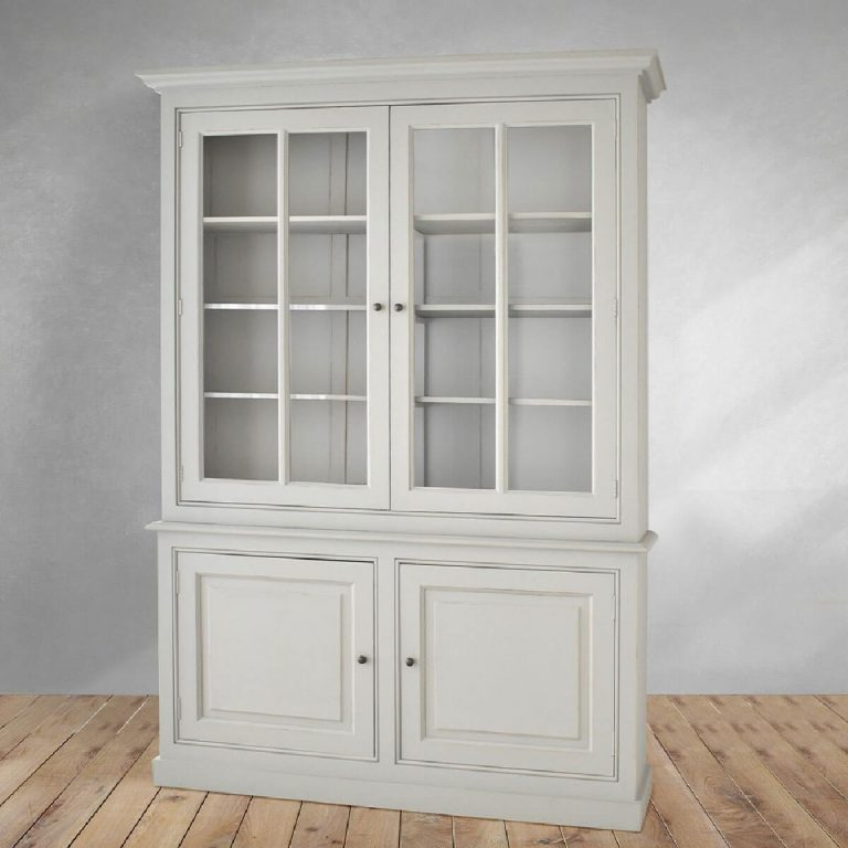 Hans Country Cabinet
