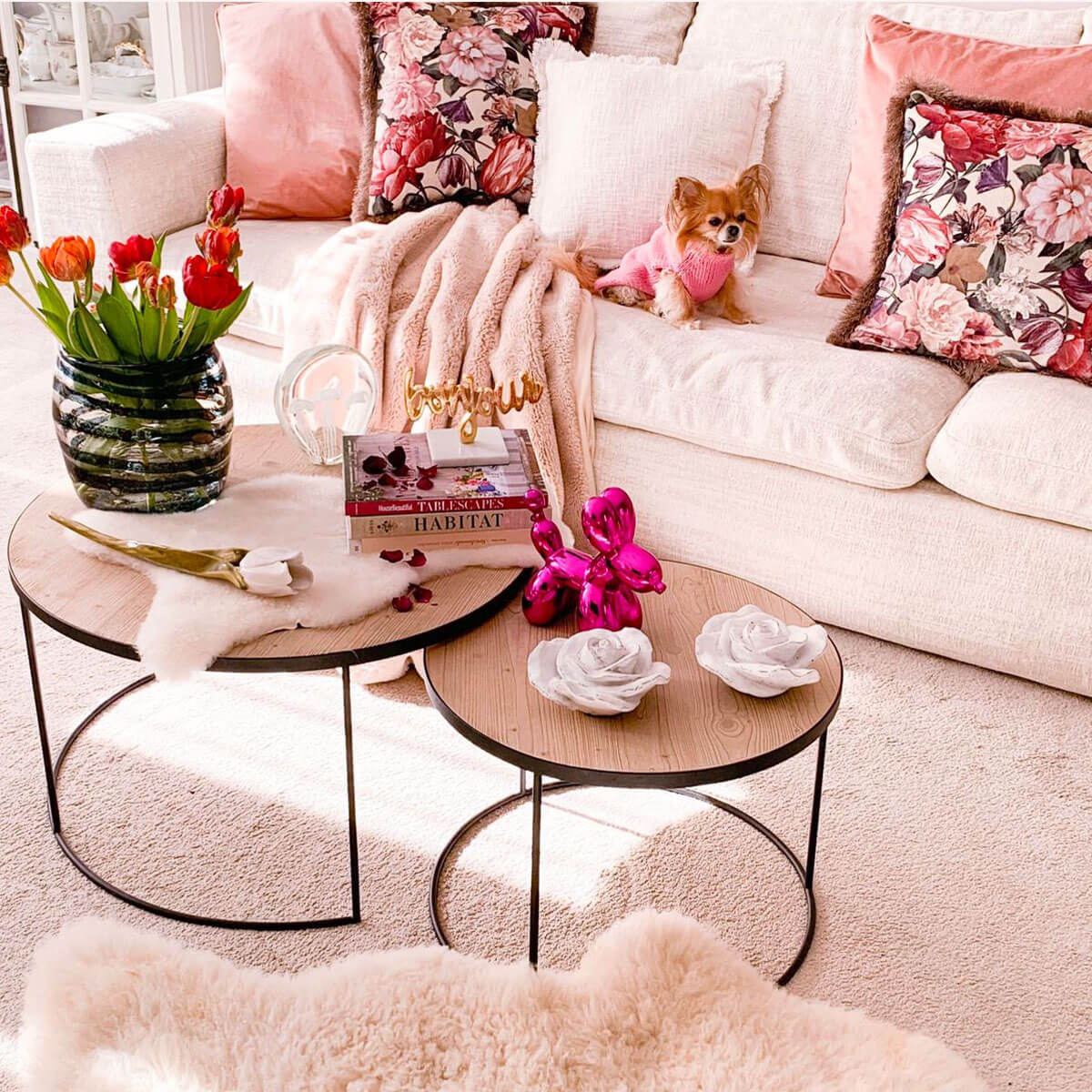 set of two coffee tables in dubai