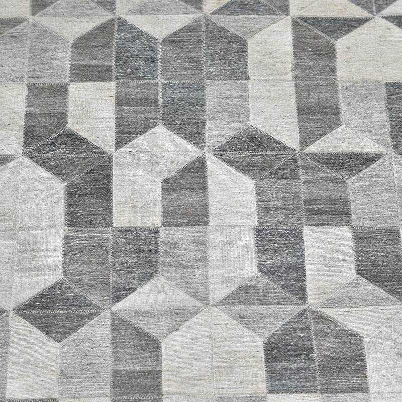 pure-wool-rugs-cozy-home-dubai