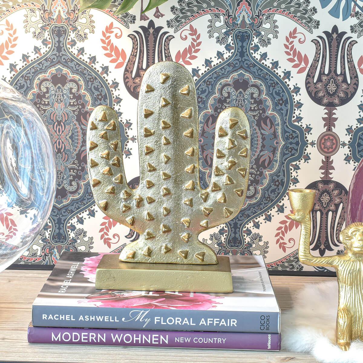 gold-cactus-decor-cozy-home