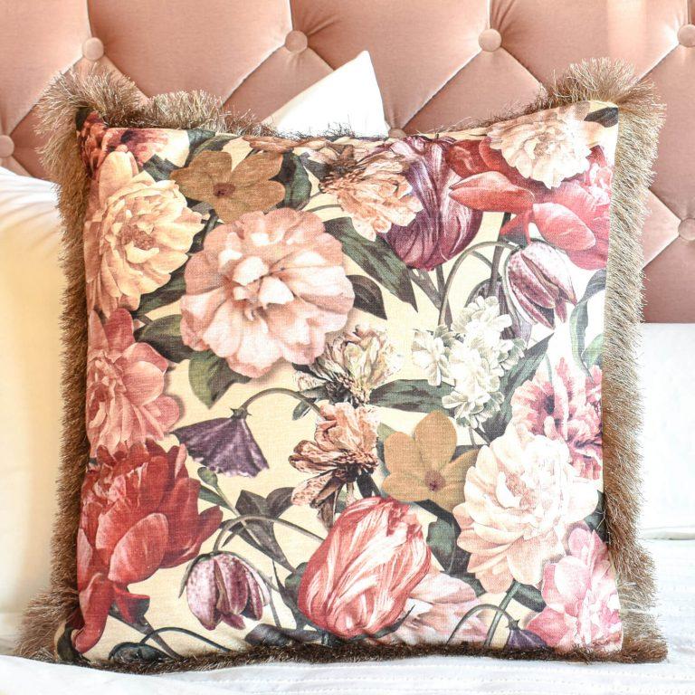 Flower Melody Cushion