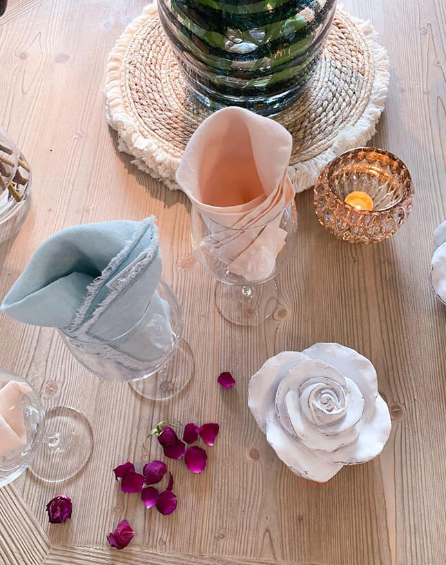 lyon-dining-table-decor